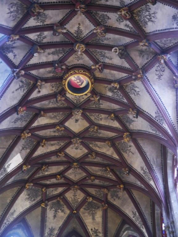 Bern_Münster_Innen_Chorgewölbe_2_577x768.JPG