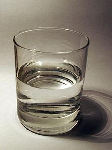 Trinkglas,_Tumbler-Form.jpg